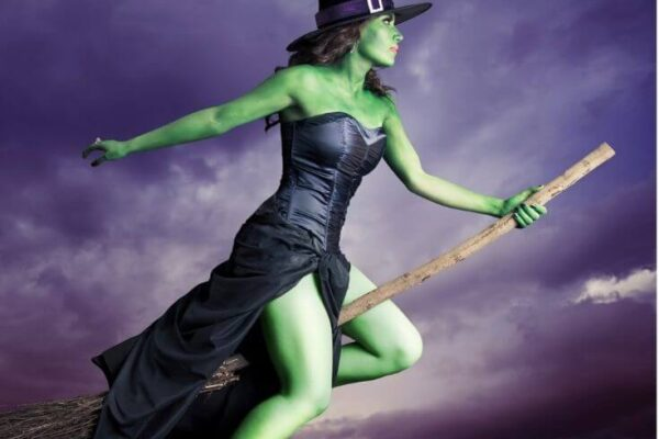 30 Ideas for Sexy Halloween Costumes For Women featured image
