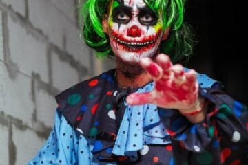 Easy Clown Makeup Ideas For Halloween 2021 featured image