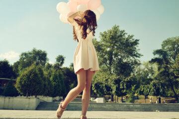 Fashion girl air balloons steps stairs