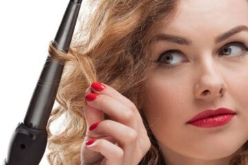 How To Use A Curling Wand for Magical Results featured image