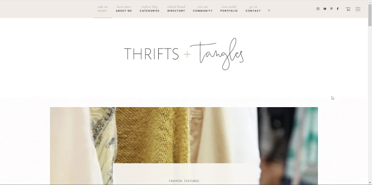 homepage of blog about sustainability and second hand clothes
