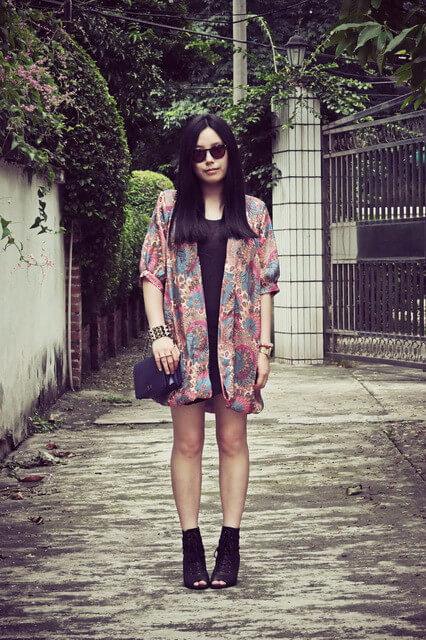 aeccrntic girl