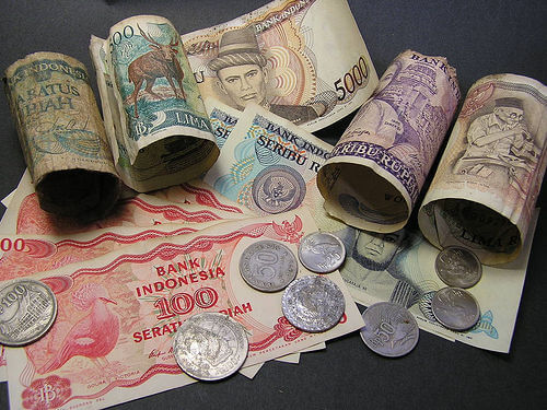 currency notes coins
