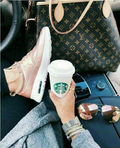 fashion blogger shoes starbucks sunglasses purse
