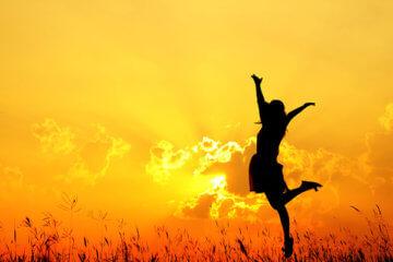 happy blogger sunrise