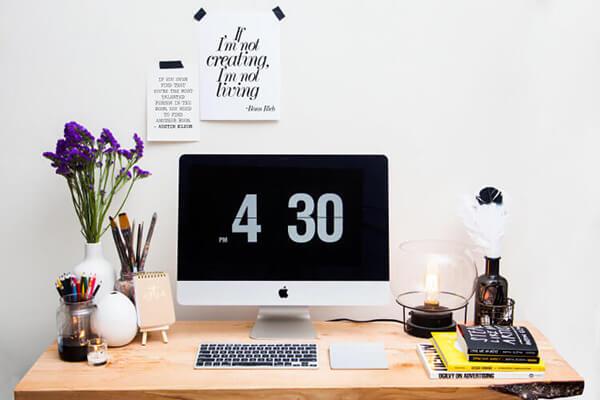 ronn desk computer